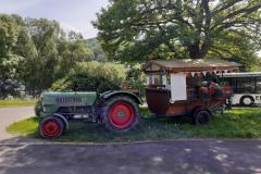 Traktor-Rundfahrt: Onderwegs zom schwätza ond hälmla